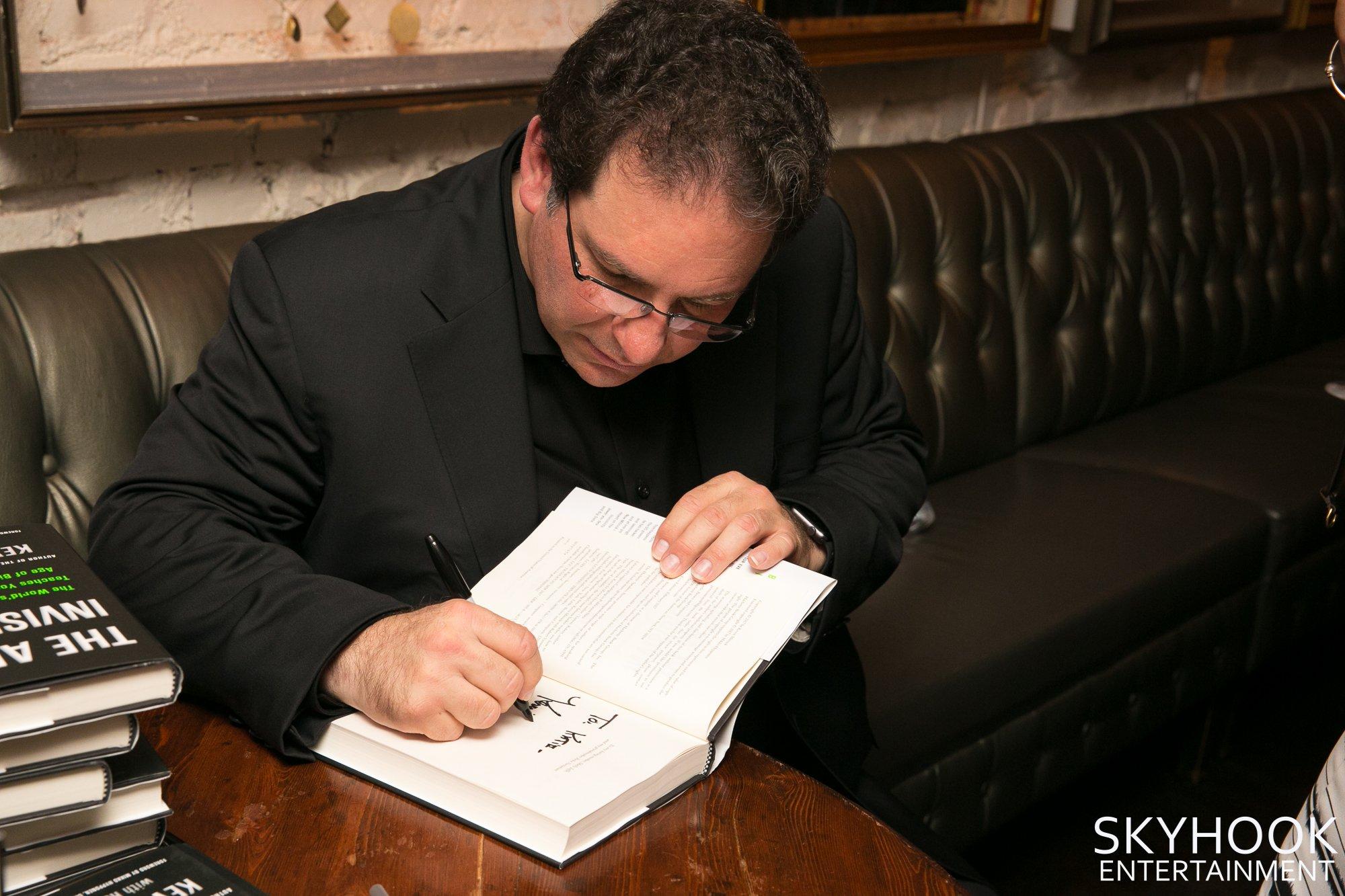 IBM-Book Signing 631