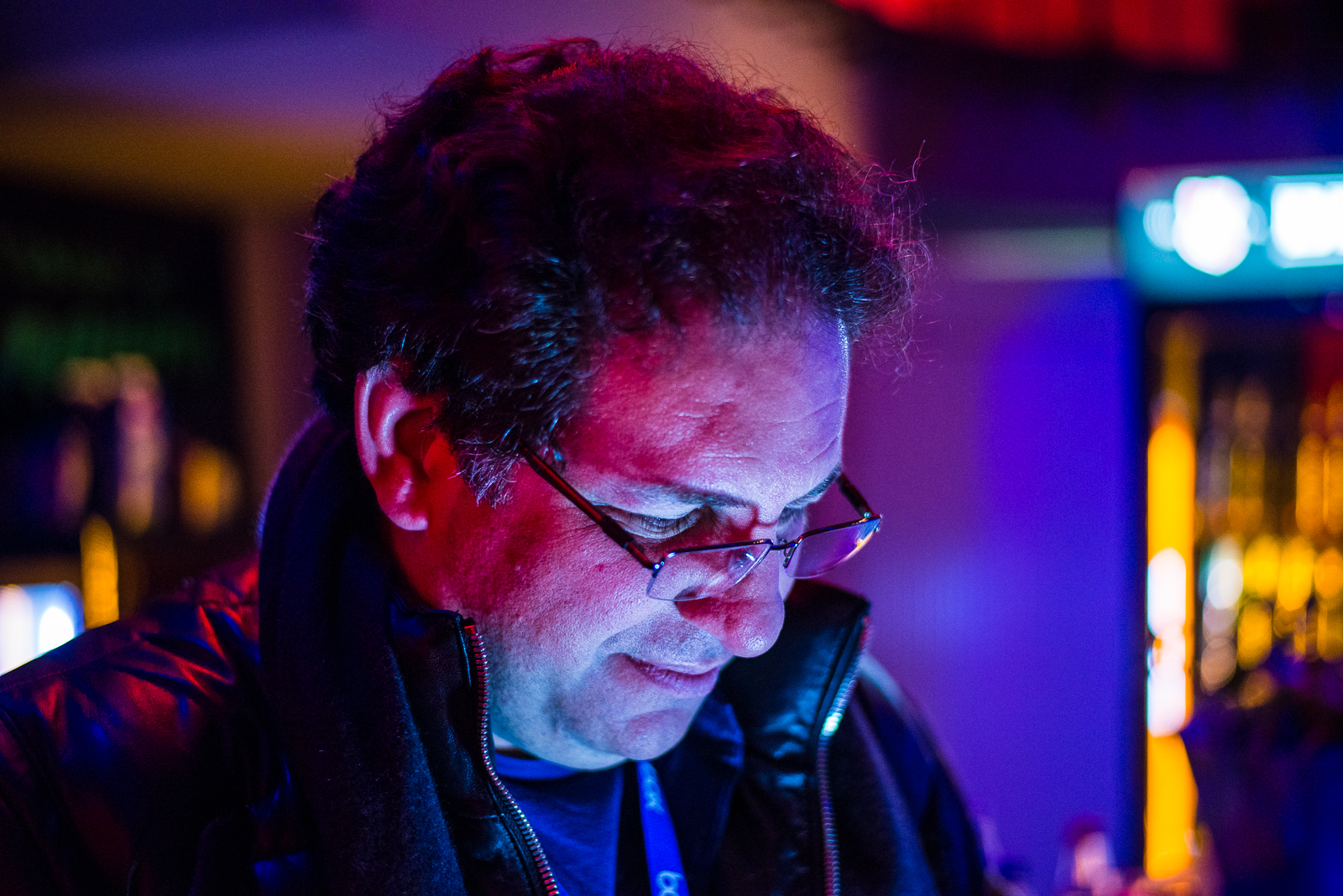 Kevin-Mitnick-Dark-Shot-2-High-Resolution